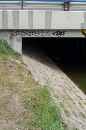 Auf-Dem-Weg-Zum-Balaton-Brücke-2