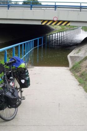 Auf-Dem-Weg-Zum-Balaton-Brücke