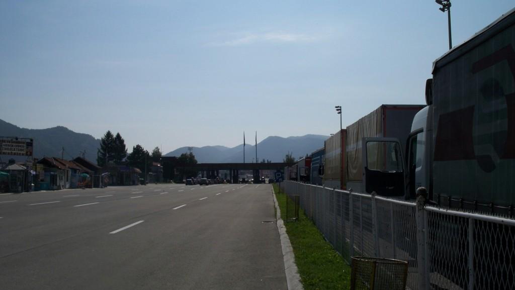 Grenze-Serbien-Bulgarien-LKW