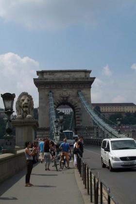 Kettenbrücke-Budapest_resized